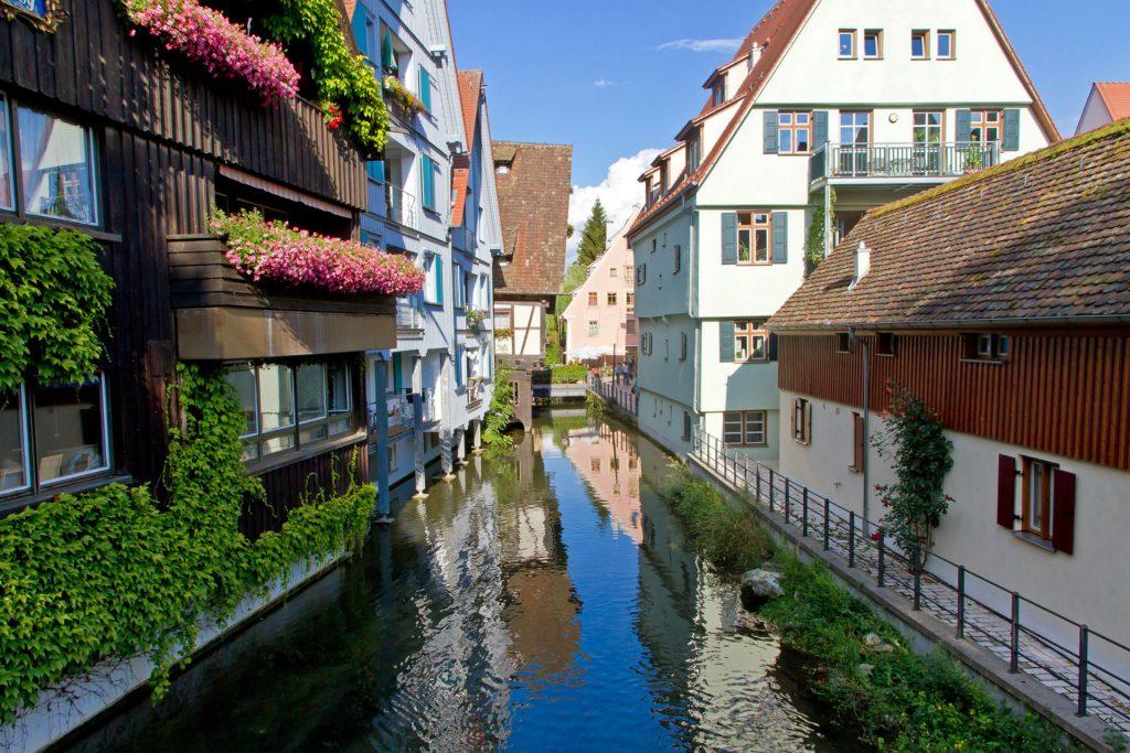 Observation bei Unterhaltsbetrug im Fischerviertel von Ulm